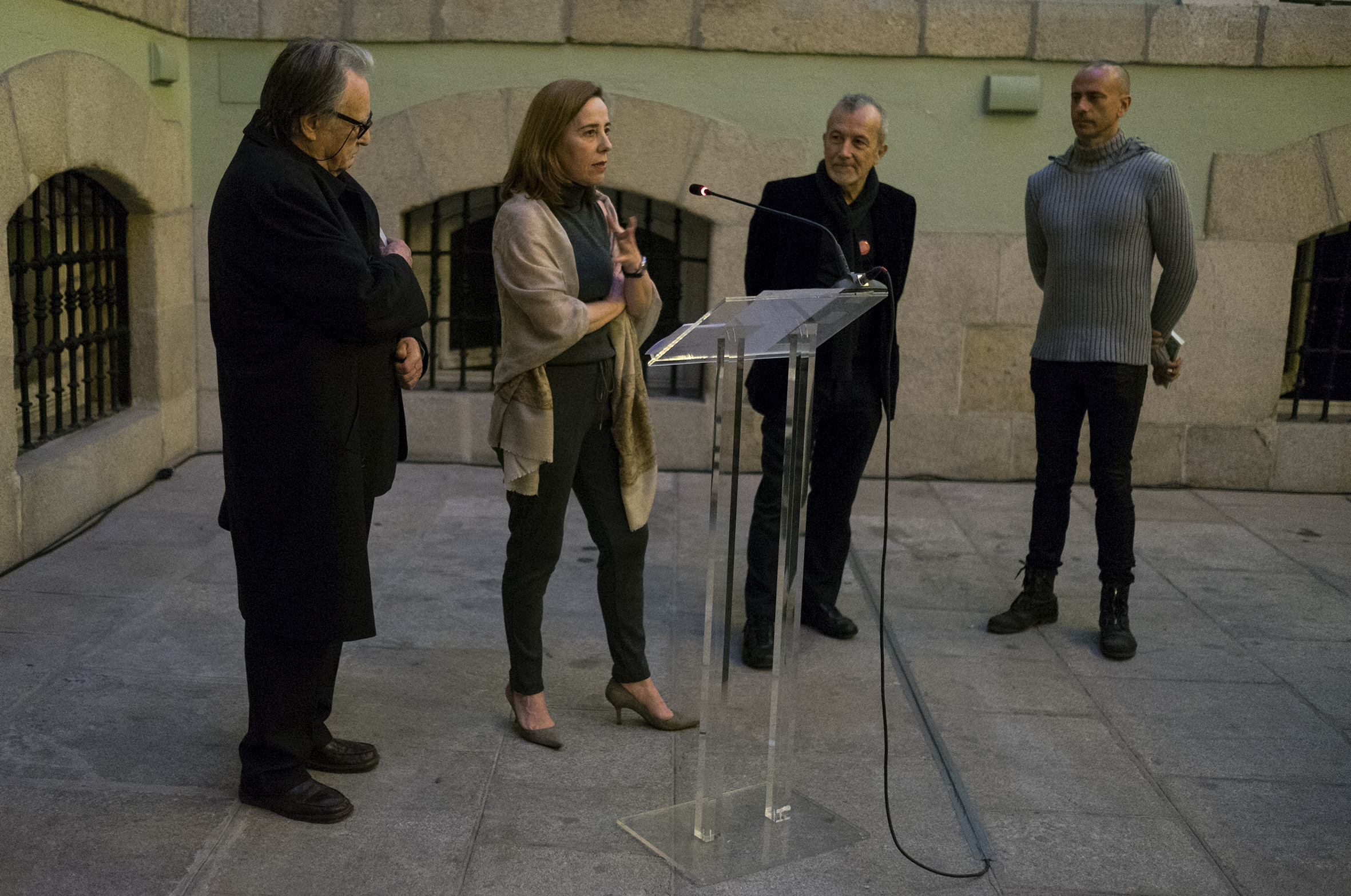 2015-02-27-exposicion becas Roma AECID 2015-8